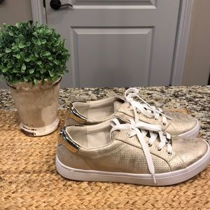 Like new gold Liz Claiborne sneakers sz 10